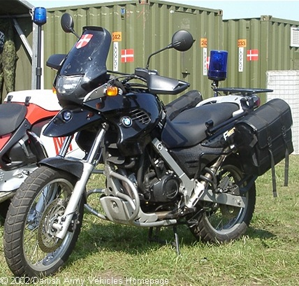 BMW F650GS, 2 x 1, 12V (Front view, left side)