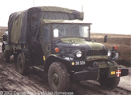 Dodge W300M, 4 x 4, 24 V (Front view, right side)
