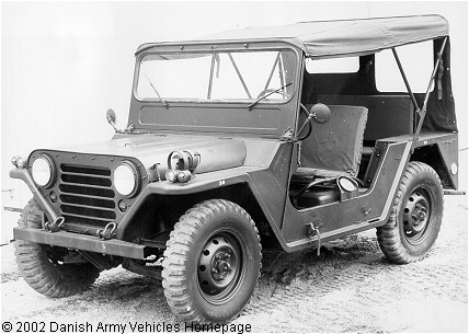 Ford M151A1, 4 x 4,  24 V (Front view, left side)