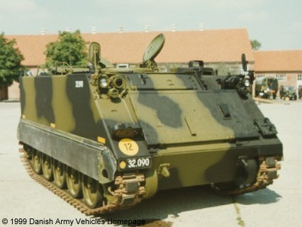 M113 (Front view, right side)