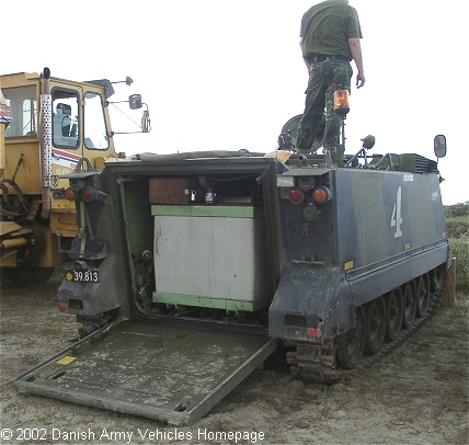 http://www.armyvehicles.dk/images/m113a1%20fire.jpg